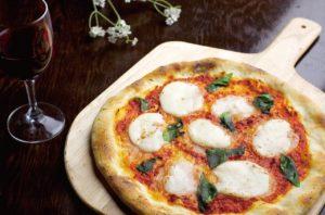 池袋の三ツ星級イタリアン 金のイタリアンの本格ピザ